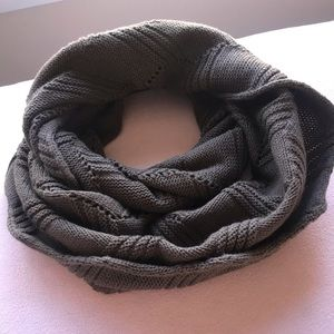 Accessories - NWOT INFINITY SCARF